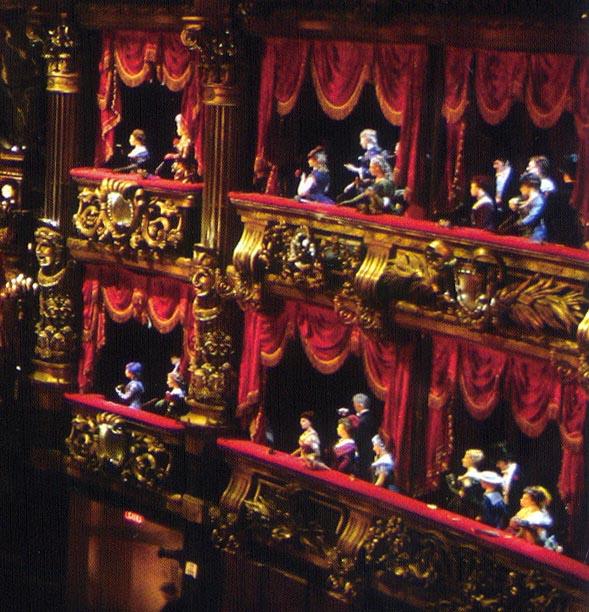 Opera Box Mannequins